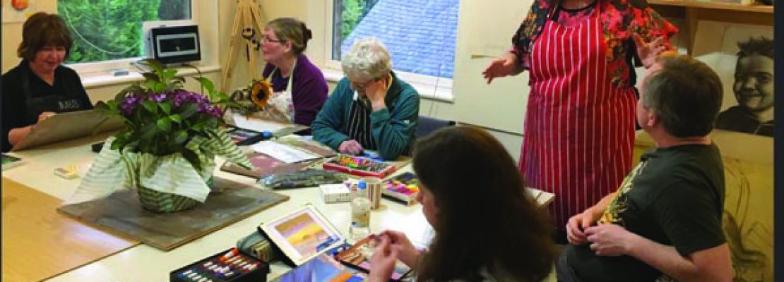 Wednesday Purely Pastels with Lynn Howarth